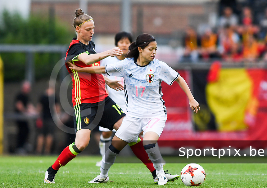 20170613 - LEUVEN ,  BELGIUM : Belgian Yana Daniels (left) pictured in a duel with Japanese Yui Hasegawa (r) during the friendly female soccer game between the Belgian Red Flames and JAPAN , a friendly game in the preparation for the European Championship in The Netherlands 2017  , Tuesday 13 th June 2017 at Stadion Den Dreef  in Leuven , Belgium. PHOTO SPORTPIX.BE | DAVID CATRY