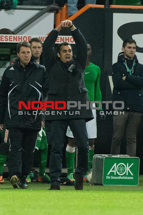 21.12.2013, Weser Stadion, Bremen, GER, 1.FBL, Werder Bremen vs Bayer Leverkusen, im Bild<br /> Jubel Robin Dutt (Trainer Werder Bremen)<br /> <br /> <br /> Foto &copy; nordphoto / Kokenge