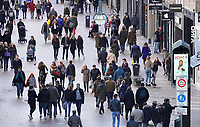 Nederland  Eindhoven -  2018.  Mensen in het centrum van Eindhoven.  Foto Berlinda van Dam / Hollandse Hoogte