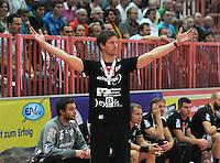 Handball 1. Bundesliga  2012/2013  in der Paul Horn Arena Tuebingen 15.09.2012 TV Neuhausen - Frisch Auf Goeppingen Trainer Markus Gaugisch (TV Neuhausen)