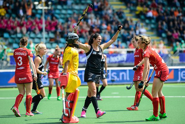 The Hague, Netherlands, May 31: Kayla Whitelock #1 of New Zealand celebrates after scoring during the field hockey group match (Group A) between New Zealand´s Black Sticks and Belgium on May 31, 2014 during the World Cup 2014 at Kyocera Stadium in The Hague, Netherlands. Final score 4:3 (3:0) (Photo by Dirk Markgraf / www.265-images.com) *** Local caption ***