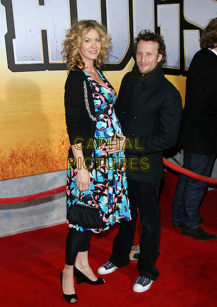 "JENNA ELFMAN & BODHI ELFMAN.attends The Touchstone Pictures' World Premiere of ""Wild Hogs"" held at The El Capitan Theatre in Hollywood, California, USA, February 27 2007. .full length pregnant hand on tummy.CAP/DVS .©Debbie VanStory/Capital Pictures"