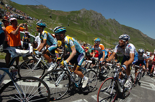 2009, Tour de France, tappa 09 Saint Gaudens - Tarbes, Astana, Katusha, Leipheimer Levi, Karpets Vladimir, Tourmalet July 11th 2009.  Stage 9 (Photo: Stefano Sirotti/ActionPlus)