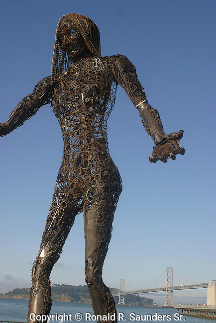 Abstract female form made of scrap metal (2)