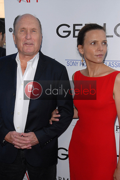 Robert Duvall and wife<br />