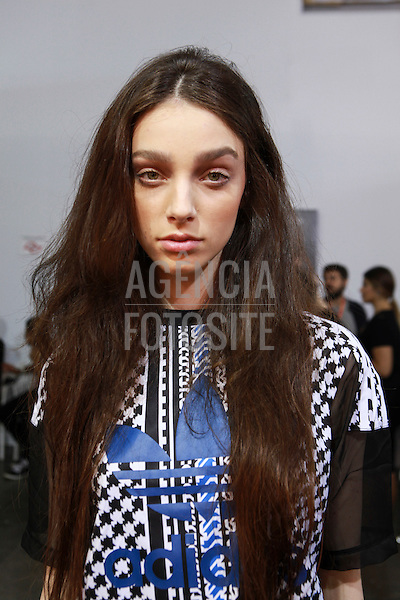 Isabela Capeto<br /> <br /> SPFW- N41<br /> abril/2016<br /> <br /> foto: Paulo ReisFOTOSITE