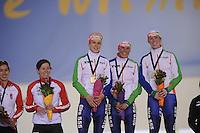 SCHAATSEN: SALT LAKE CITY: Utah Olympic Oval, 17-11-2013, Essent ISU World Cup, Team Pursuit, Ireen Wüst (NED), Linda de Vries, Antoinette de Jong, ©foto Martin de Jong
