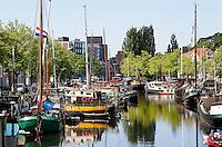 Groningen. Boten in de Noorderhaven