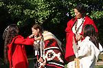 beads blanket Native American Indian family trading moutainman tipi Lakota Sioux Indians united states trade business meet meeting greet mother mom mum ma child children boy kids male man female woman red coats Greifenhagen 468-2287 MR 387i 388u n 390i to 395u