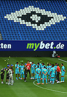 HAMBURGO, ALEMANHA, 25 DE MAIO DE 2012 - TREINO DA SELECAO BRASILEIRA -  Jogadores durante treino preparatorio da selecao brasileira, o Brasil enfrenta amanha a Dinamarca tambem Arena of Hamburg Imtech em amistoso internacional, na cidade de Hamburgo na Alemanha. (FOTO: MICHAEL SCHWARTZ / BRAZIL PHOTO PRESS).