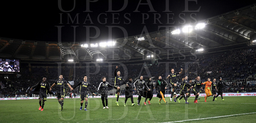 Football, Serie A: S.S. Lazio - Juventus, Olympic stadium, Rome, January 27, 2019. <br /> Juventus' players celebrate after winning 3-1 the Italian Serie A football match between S.S. Lazio and Juventus at Rome's Olympic stadium, Rome on January 27, 2019.<br /> UPDATE IMAGES PRESS/Isabella Bonotto