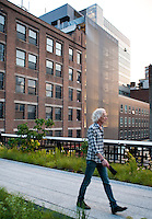 The High Line near Hotel El Americano by  architect Enrique Norten and Grupo Habita, TEN Arquitectos, New York, USA