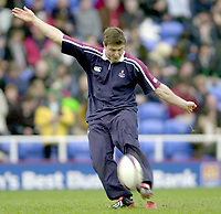 Photo - Peter Spurrier.25/01/2003 .Powergen Cup Quarter final London Irish v Rotherham.Ramino Pez