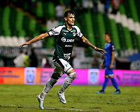 PALMIRA-COLOMBIA, 24-10-2019: Juan Ignacio Dineno de Deportivo Cali, celebra el gol anotado a Once Caldas, durante partido entre Deportivo Cali y Once Caldas de la fecha 19 por la Liga Águila II 2019  jugado en el estadio Deportivo Cali (Palmaseca) de la ciudad de Palmira. / Juan Ignacio Dineno of Deportivo Cali celebrates the scored goal to Once Caldas, during a match between Deportivo Cali and Once Caldas of the 19th date for the Aguila Leguaje II 2019 played at the Deportivo Cali (Palmaseca) stadium in Palmira city. Photo: VizzorImage / Nelson Ríos / Cont.