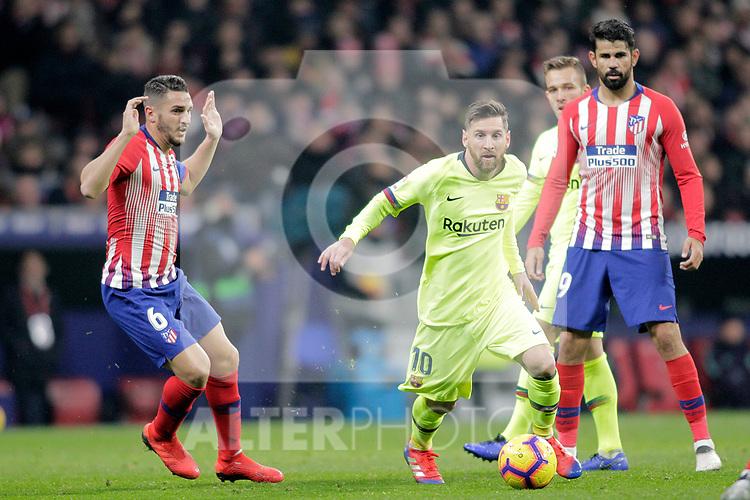 Club Atletico de Madrid's Koke Resurreccion, Diego Costa (R) and Futbol Club Barcelona's Leo Messi during La Liga match. November 24,2018. (ALTERPHOTOS/Alconada)
