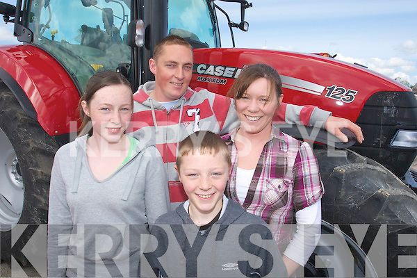 Family Fun: Shannon, Darragh, Mike and Claire O'Shea from Glencar enjoying a family day out at the Kingdom County fair at Ballybeggan park, Tralee last year.