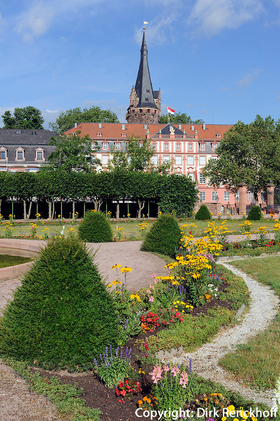 Schlossgarten und Orangerie in  Erbach im Odenwald, Hessen, Deutschland