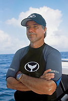 The artist Wyland at Silverbank, Dominicam Republic
