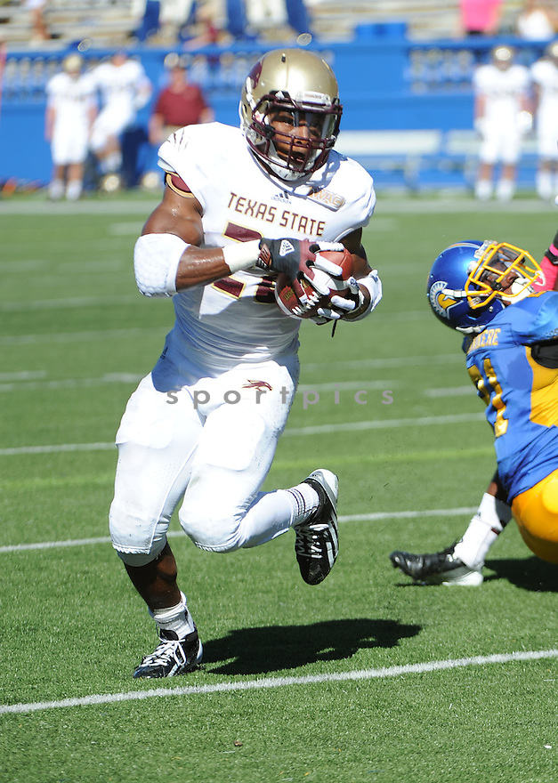 Texas State Bobcats Marcus Curry (28) in action during a game against San Jose State on October 27, 2012 at Spartan Stadium in San Jose, CA. San Jose State beat Texas State 31-20.