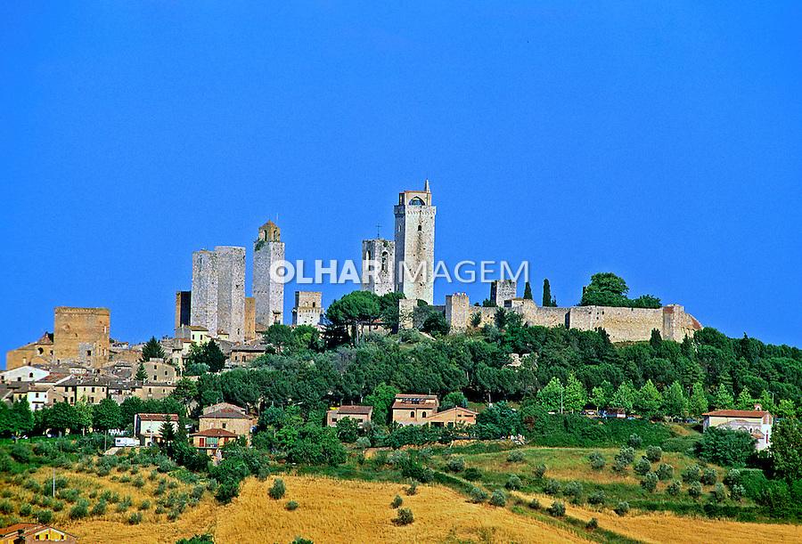 Cidade medieval de San Geminiano, Itália. 1998. Foto de Juca Martins.