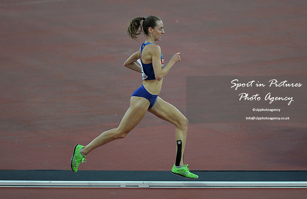 Molly HUDDLE (USA) in the womens 5000m heats. IAAF world athletics championships. London Olympic stadium. Queen Elizabeth Olympic park. Stratford. London. UK. 10/08/2017. ~ MANDATORY CREDIT Garry Bowden/SIPPA - NO UNAUTHORISED USE - +44 7837 394578