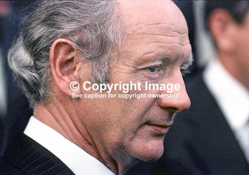 Jack Lynch, An Taoiseach, Prime Minister, Rep of Ireland, Fianna Fail, 195/77, 197707000195c.<br />