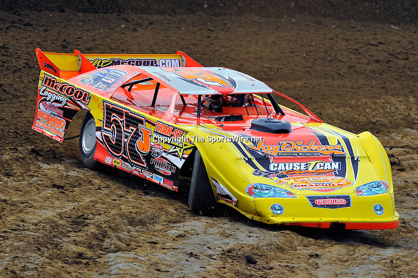 Feb 06, 2010; 1:16:56 PM; Gibsonton, FL., USA; The Lucas Oil Dirt Late Model Racing Series running The 34th Annual Dart WinterNationals at East Bay Raceway Park.  Mandatory Credit: (thesportswire.net)