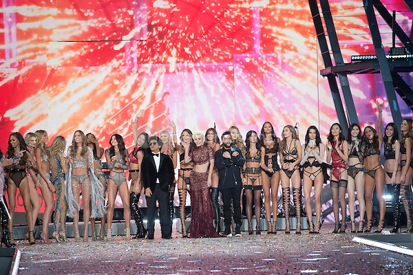 Jasmine Tookes, Lily Aldridge, Adriana Lima, Elsa Hosk, Alessandra Ambrosio, Taylor Hill, Sara Sampaio, Bruno Mars, Lady Gaga, The Weeknd<br /> Victoria's Secret Fashion Show at the  Grand Palais, Paris, France on 30th November 2016.<br /> CAP/GOL<br /> &copy;GOL/Capital Pictures /MediaPunch ***NORTH AND SOUTH AMERICAS ONLY***
