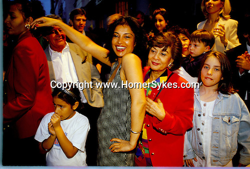Belgravia. London Motcombe Street street party. July 1998. Lebanese community in London.