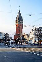 Frankfurt: Bockenheimer Warte--subway station. Photo '87.