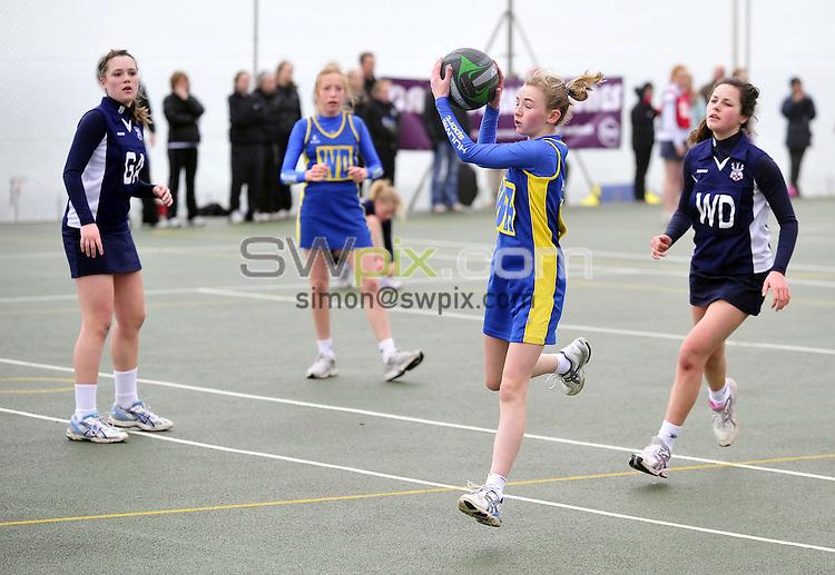 PICTURE BY VAUGHN RIDLEY/SWPIX.COM - Netball - National Schools U14, U16, U19 Finals - Roedean School, Brighton, England - 20/03/10...Copyright - Simon Wilkinson - 07811267706...