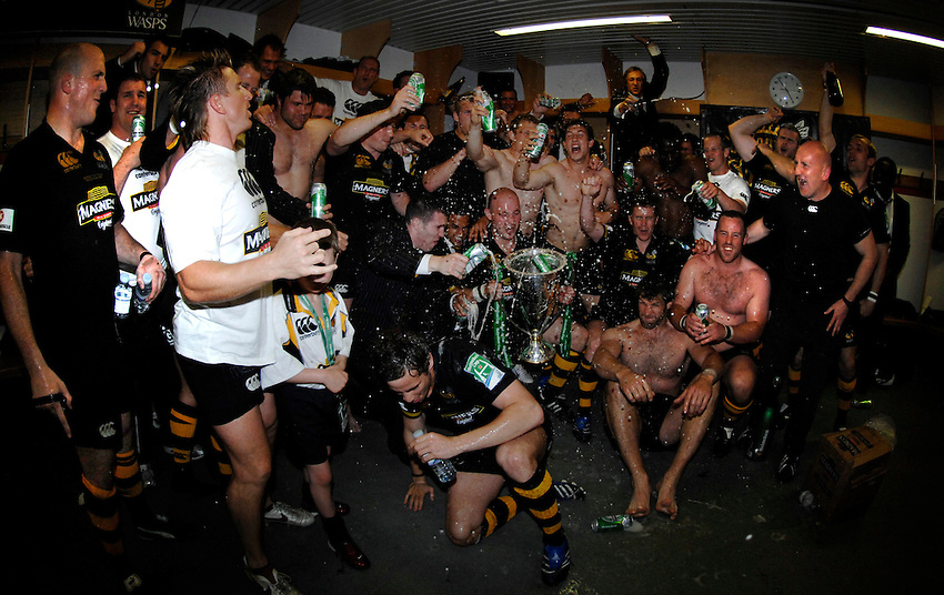 Photo: Richard Lane..London Wasps v Leicester Tigers. Heineken Cup Final. 20/05/2007..Wasps celebrate victory in the changing room.