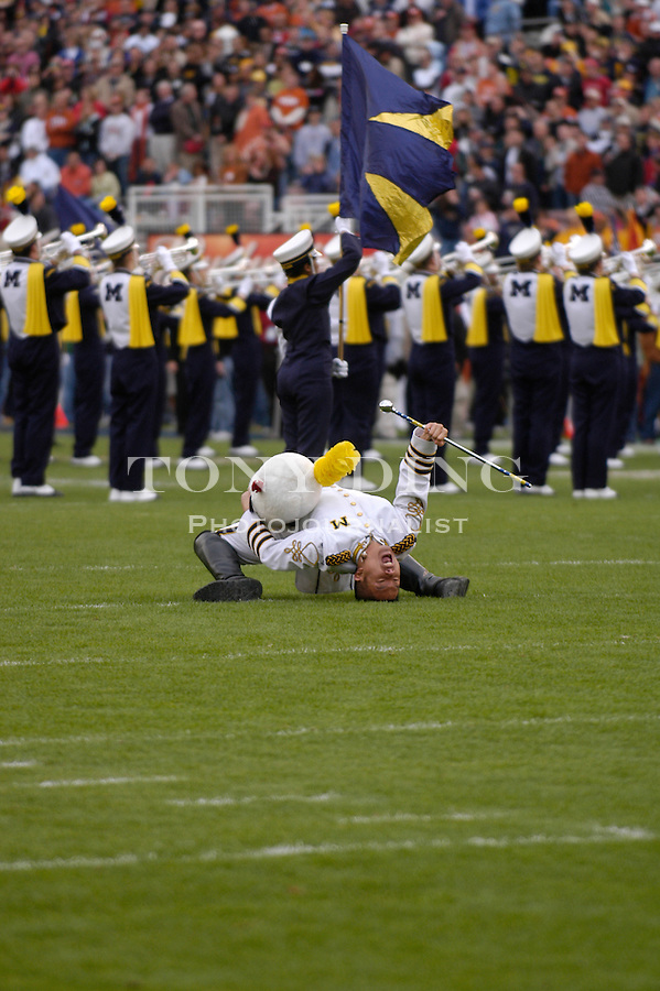 Michigan Marching Band drum major Dennis Lee during the Wolverines' game 37-38 loss  to Texas on Saturday, January 1, 2004 at the Rose Bowl in Pasadena, Calif. (Photo by TONY DING/The Michigan Daily)