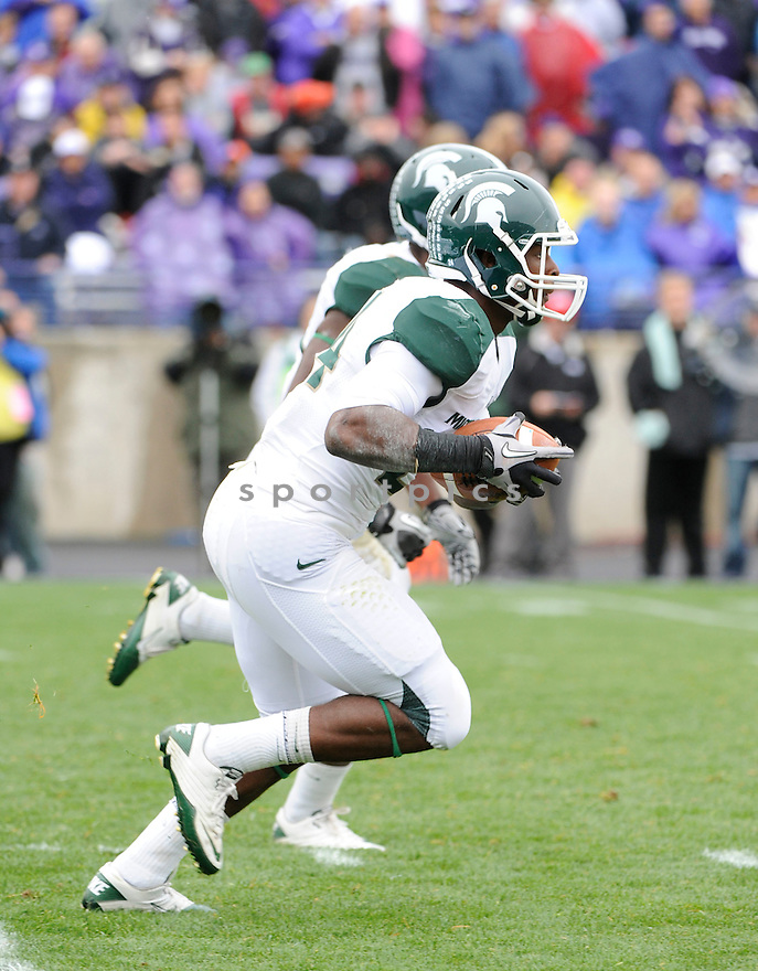 LE'VEON BELL, of the Michigan State Spartans, in action during the Spartans game against the Northwestern Wildcats at Ryan Field on October 23, 2010  in Evanston...Michigan State beat Northwestern 35-27.