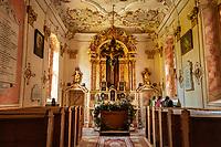 Reith im Alpbachtal: das unter Denkmalschutz stehende Boutique Hotel Schloss Matzen - Burgkapelle - hier werden Trauungen vollzogen | Austria, Tyrol, Reith im Alpbachtal: boutique hotel Matzen Castle - castle chapel