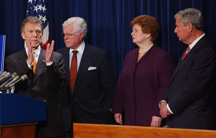 11/5/03.DEMOCRATS ON MEDICARE CONFERENCE NEGOTIATIONS--Senate Minority Leader Tom Daschle, D-S.D., Sen. Edward M. Kennedy, D-Mass., Sen. Debbie Stabenow, D-Mich., and Sen. Bob Graham, D-Fla., during a news conference in the Senate Radio/TV studio on the Medicare conference negotiations..CONGRESSIONAL QUARTERLY PHOTO BY SCOTT J. FERRELL