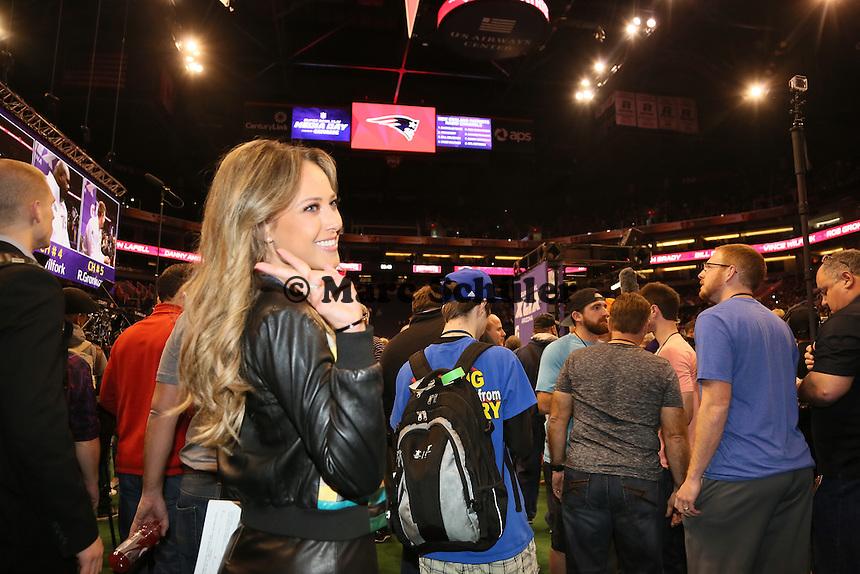 TV-Reporterin Vanessa Huppenkotten beim MEdia Day - Super Bowl XLIX Media Day, US Airways Center, Phoenix