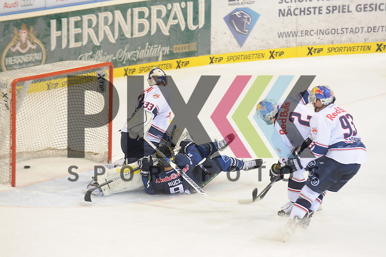 ERC Ingolstadt - EHC Red Bull Muenchen<br /> Ingolstadts Brandon Buck (Nr.9)  erzielt hier das 2:1 gegen Muenchens Goalie Danny aus den Birken (Nr. 33), auch Muenchens Jeremy Dehner (Nr.2)  und Muenchens Maximilian Kastner (Nr.93) koennen nicht mehr eingreifen<br /> <br /> Foto &copy; PIX-Sportfotos *** Foto ist honorarpflichtig! *** Auf Anfrage in hoeherer Qualitaet/Aufloesung. Belegexemplar erbeten. Veroeffentlichung ausschliesslich fuer journalistisch-publizistische Zwecke. For editorial use only.