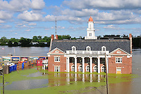 8/16/11} Vicksburg} -THE FLOOD RECORD IS SURPASSED TODAY IN VICKSBURG TO 56.7 FT. RECORD HIGH BEATS LEVELS SET IN 1927. Paul Winefield, 37, the Mayor of Vicksburg Mississippi speaks to the national media about the mighty MIssissippi River flooding his city Monday May 16,2001. The river will not crest until the 19th in Vicksburg at record level above 57 ft.  PHOTO©SUZI ALTMAN.COM..