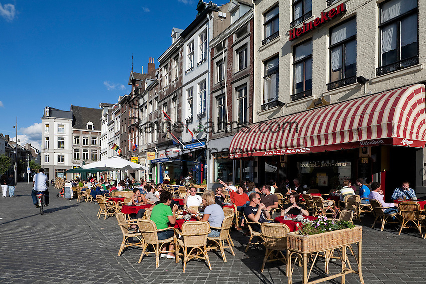Netherlands, Province Limburg, Maastricht: Old Town, Cafe scene in the Market square