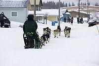Jeff King on Street Arrives @ Kaltag Chkpt Iditarod 2005