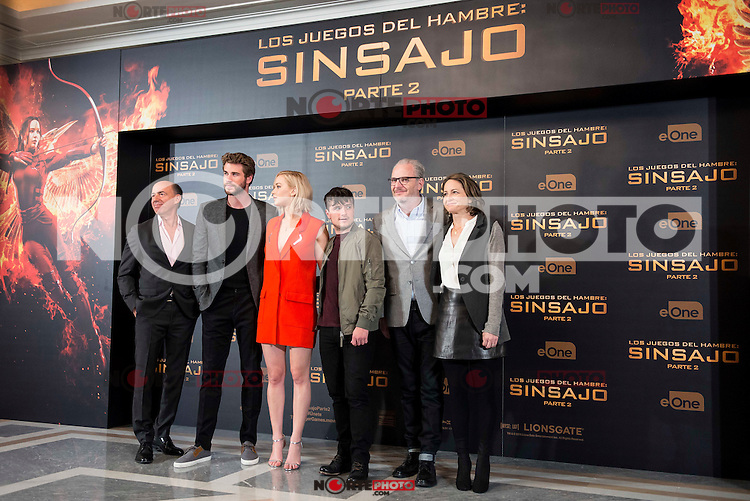 """The left to the right, producer Jon Kilik, actor Liam Hemsworth, actress Jennifer Lawrence, actor Josh Hutcherson, director Francis Lawrence and producer Nina Jacobson during the presentation of film """"The Hunger Games: Sinsajo Part 2"""" in Madrid, Novermber 10, 2015.<br /> (ALTERPHOTOS/BorjaB.Hojas)"""