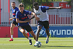 Atletico de Madrid's Marcos Llorente (l) and Thomas Partey during training session. May 30,2020.(ALTERPHOTOS/Atletico de Madrid/Pool)