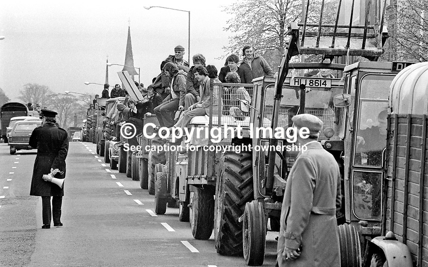 UUAC (United Unionist Action Council) Strike - Farmers participating in the strike arrived in tractors, trailers and land-rovers. Location - Newtownards Road, Dundonald, Belfast. LH 175/77, 197705000175n.<br /> <br /> Copyright Image from Victor Patterson, 54 Dorchester Park, Belfast, UK, BT9 6RJ<br /> <br /> t1: +44 28 9066 1296 (from Rep of Ireland 048 9066 1296)<br /> t2: +44 28 9002 2446 (from Rep of Ireland 048 9002 2446)<br /> m: +44 7802 353836<br /> <br /> e1: victorpatterson@me.com<br /> e2: victorpatterson@gmail.com<br /> <br /> The use of my copyright images is subject to my Terms &amp; Conditions.<br /> <br /> It is IMPORTANT that you familiarise yourself with them. They are available on my website at www.victorpatterson.com.<br /> <br /> None of my copyright images may be used on a website unless they are visibly watermarked, i.e. &copy; Victor Patterson within the body of the visible image. Metadata denoting my copyright must NOT be deleted. <br /> <br /> Web use (maximum size - 300 kb) is extra at currently recommended NUJ rates.