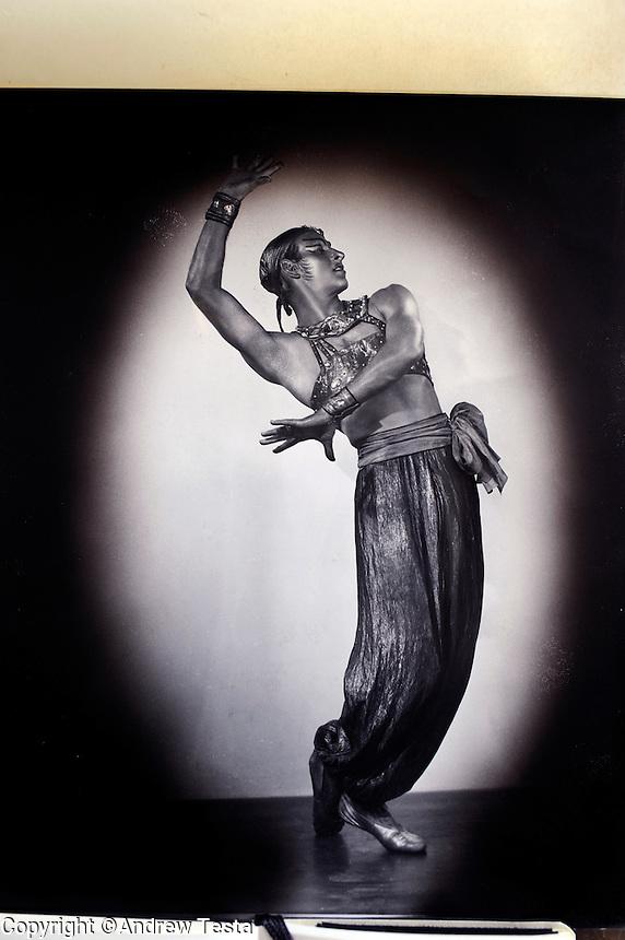 USA. New York. March 2009.Freddie Franklin in Scheherazade in the 1940's..©Andrew Testa.