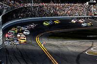 Early action, Daytona 500, NASCAR Sprint Cup Series, Daytona International Speedway, Daytona Beach, FL