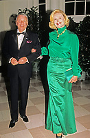 Barbara Sinatra 1927 - 2017