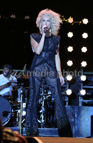 02 October 2016 - Las Vegas, NV -  Little Big Town, Kimberly Schlapman. 2016 Route 91 Harvest Festival, Day 3, at MGM Village.  Photo Credit: MJT/AdMedia