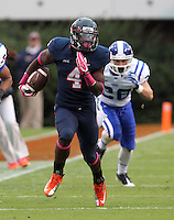 Virginia running back Taquan Mizzell (4) Duke defeated Virginia 35-22 at Scott Stadium in Charlottesville, VA. . Photo/Andrew Shurtleff