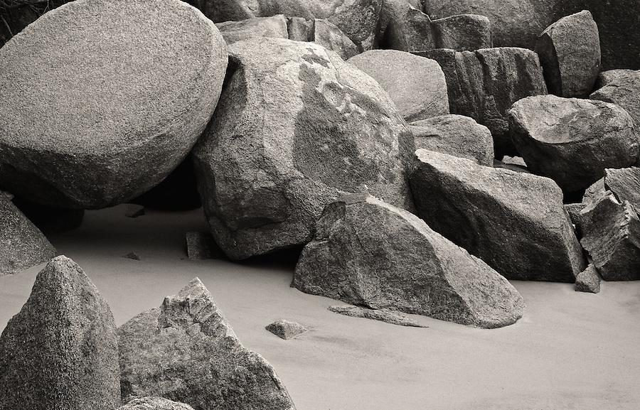Beach & Rocks, Gulangyu, Xiamen, China.